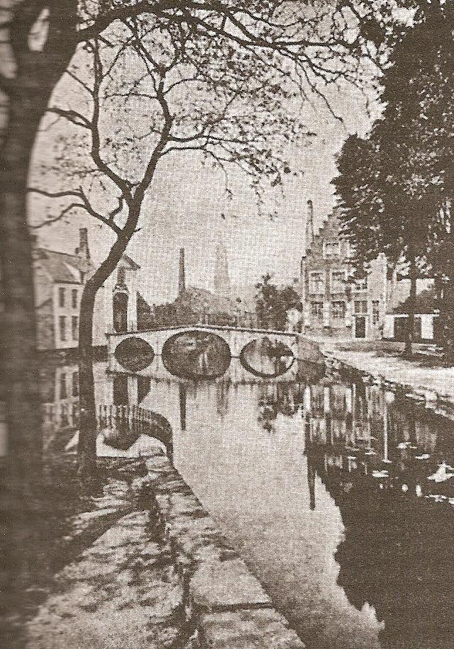 Le due chiavi. Bruges-canal