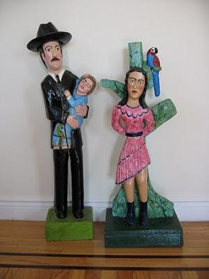 El Santo médico y mujer crucificada de Rafaela Baroni